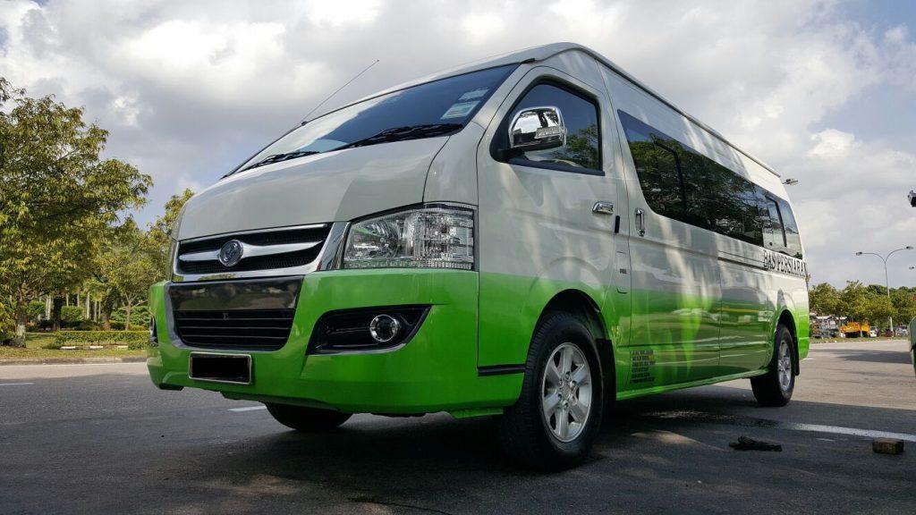 16 seaters minibus